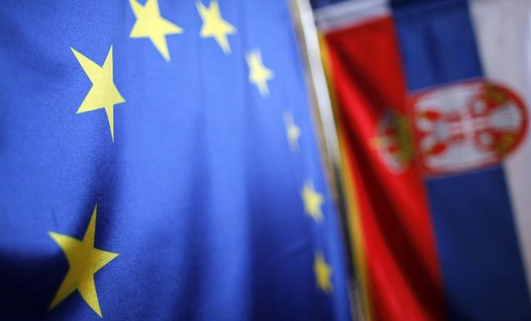 Die Außenpolitik Serbiens und das Kapitel 31
