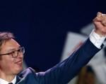 Vučić: Eine Selbstentmachtung zum Wohle seiner Partei?