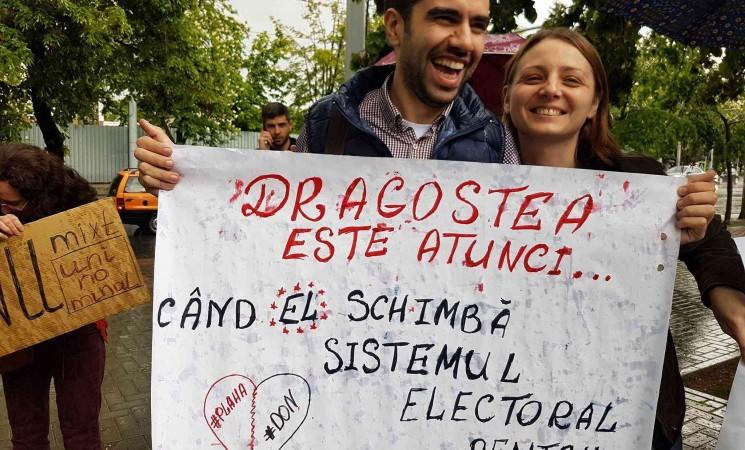 """""""Wir möchten nicht das Wahlsystem ändern, sondern euch"""""""