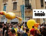 Die Quietschente als Protestzeichen gegen Serbiens undurchsichtige Politik