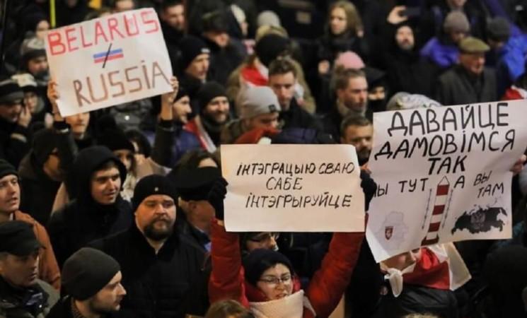 Proteste in der Ukraine und Belarus